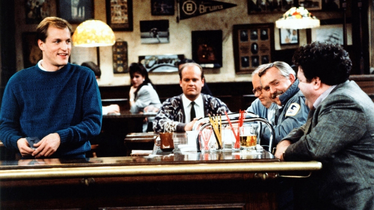 CHEERS, (from left): Woody Harrelson, Kelsey Grammer, Paul Wilson, John Ratzenberger, George Wendt,